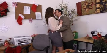 Paige Turnah and Anthony Rosano in Naughty Office