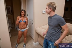 Mischa Brooks and Danny Wylde in My Sisters Hot Friend (Thumb 02)