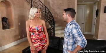 Emma Starr and Kris Slater in Seduced by a cougar
