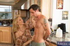 Julia Ann and Alan Stafford in My Friends Hot Mom (Thumb 02)