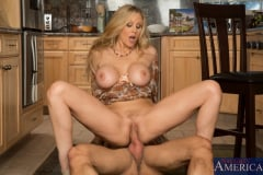 Julia Ann and Alan Stafford in My Friends Hot Mom (Thumb 15)
