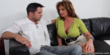 Deauxma and Kris Slater in Seduced by a cougar