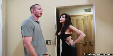 Diana Prince and Jordan Ash in Seduced by a cougar