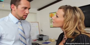 Nikki Sexx and Johnny Castle in Naughty Office