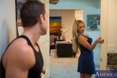 Claudia Valentine and Johnny Castle in My Friends Hot Mom (Thumb 01)