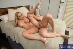 Claudia Valentine and Johnny Castle in My Friends Hot Mom (Thumb 08)