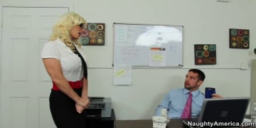 Kaylee Brookshire and Johnny Castle in Naughty Office