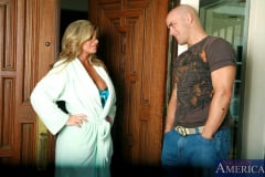 Kristal Summers and Derrick Pierce in My Friends Hot Mom (Thumb 02)