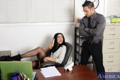 Audrey Bitoni and Johnny Castle in Naughty Office (Thumb 02)