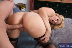 Charlee Chase and Bruce Venture in My Friends Hot Mom (Thumb 14)