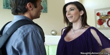 Sara Jay and Alan Stafford in Seduced by a cougar