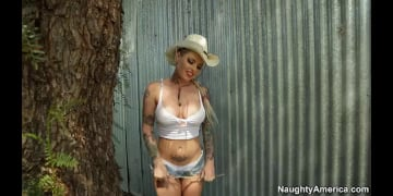 Christy Mack and Ryan Mclane in Naughty Country Girls