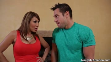 Ava Devine and Johnny Castle in Seduced by a cougar