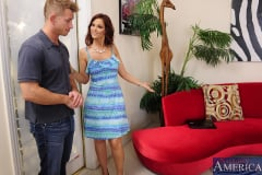 Syren De Mer and Bill Bailey in Seduced by a cougar (Thumb 02)