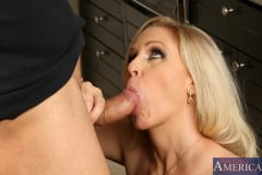 Julia Ann and Danny Mountain in Seduced by a cougar (Thumb 14)