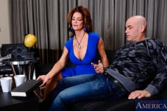 Deauxma and Derrick Pierce in Seduced by a cougar (Thumb 02)