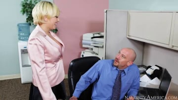 Kagney Linn Karter and Will Powers in Naughty Office