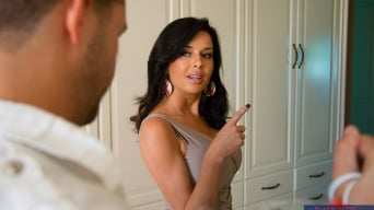 Veronica Avluv in 'in Dirty Wives Club'
