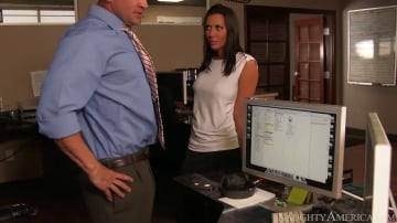Rachel Starr in Naughty Office