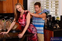 Julia Ann in My Friends Hot Mom (Thumb 02)