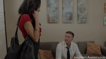 Chloe Amour in Naughty Office