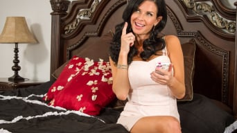 Veronica Avluv in 'in Seduced by a Cougar'