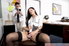 India Summer and Brad Knight in My First Sex Teacher (Thumb 02)