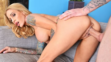 Sarah Jessie and Richie Black in My Friend's Hot Mom