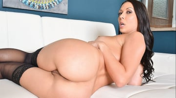 Rachel Starr and Charles Dera in Housewife 1 on 1