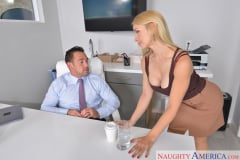 Sarah Vandella and Johnny Castle in My Wife's Hot Friend (Thumb 01)