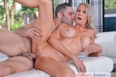 Emma Starr and Damon Dice in My Friend's Hot Mom (Thumb 05)