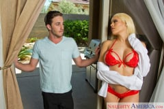 Luna Star and Lucas Frost in Latin Adultery (Thumb 12)