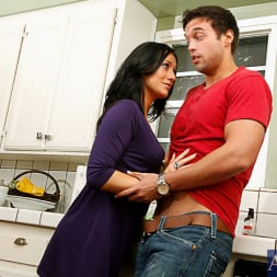 Brooklyn Jade in 'Naughty America' and Rocco Reed in My Dad's Hot Girlfriend (Thumbnail 2)
