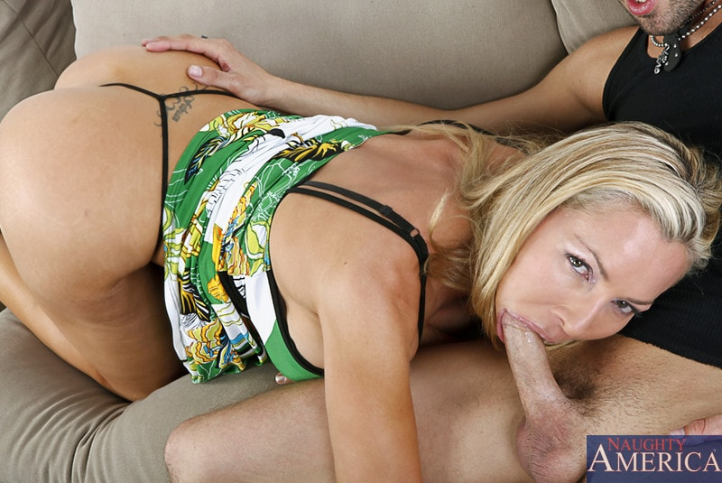 Naughty America 'and Kris Slater in My Friends Hot Mom' starring Lisa DeMarco (Photo 5)