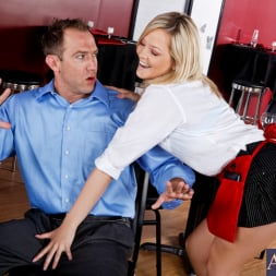 Alexis Texas in 'Naughty America' and Will Powers in I Have a Wife (Thumbnail 2)