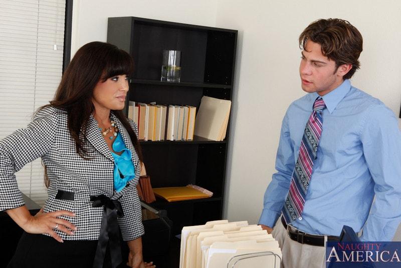 Naughty America 'and Seth Gamble in My Friends Hot Mom' starring Lisa Ann (Photo 1)