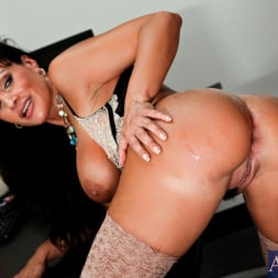 Lisa Ann in 'Naughty America' and Seth Gamble in My Friends Hot Mom (Thumbnail 14)