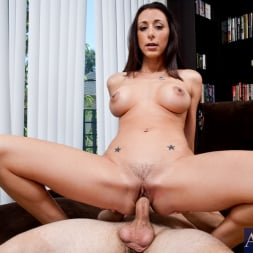 Kaylynn in 'Naughty America' and Ralph Long in My Friends Hot Mom (Thumbnail 7)