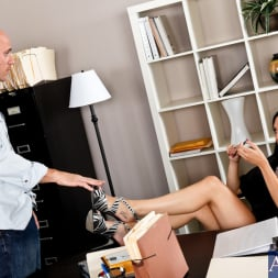 Megan Foxx in 'Naughty America' and Johnny Sins in My Dad's Hot Girlfriend (Thumbnail 1)