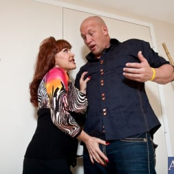 Sexy Vanessa in 'Naughty America' and Christian in Latin Adultery (Thumbnail 2)