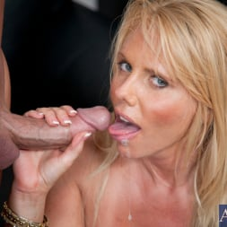 Karen Fisher in 'Naughty America' and Christian in Naughty Office (Thumbnail 15)
