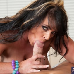 Indianna Jaymes in 'Naughty America' and Christian in Housewife 1 on 1 (Thumbnail 5)