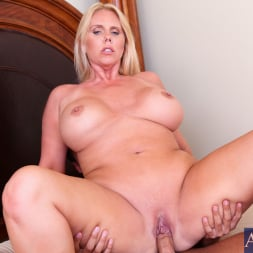 Karen Fisher in 'Naughty America' and Rocco Reed in My Friends Hot Mom (Thumbnail 10)