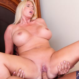 Karen Fisher in 'Naughty America' and Rocco Reed in My Friends Hot Mom (Thumbnail 11)