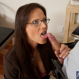 Syren De Mer in 'Naughty America' and Danny Wylde in My First Sex Teacher (Thumbnail 3)