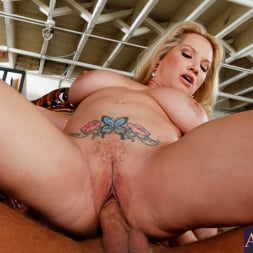 Rachel Love in 'Naughty America' and Rocco Reed in My Friends Hot Mom (Thumbnail 10)