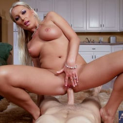 Diana Doll in 'Naughty America' and Danny Wylde in Housewife 1 on 1 (Thumbnail 7)