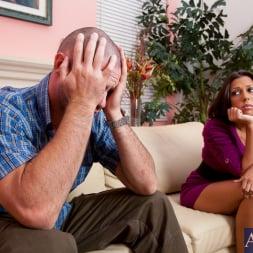 Rachel Starr in 'Naughty America' and Charles Dera in Neighbor Affair (Thumbnail 1)