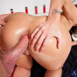 Kelly Divine in 'Naughty America' and Jordan Ash in Ass Masterpiece (Thumbnail 7)