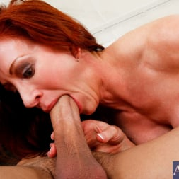 Catherine de Sade in 'Naughty America' and Xander Corvus in My Friends Hot Mom (Thumbnail 4)